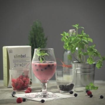 Slimbel shake with red fruits.
